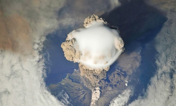 active-volcano-photos-2