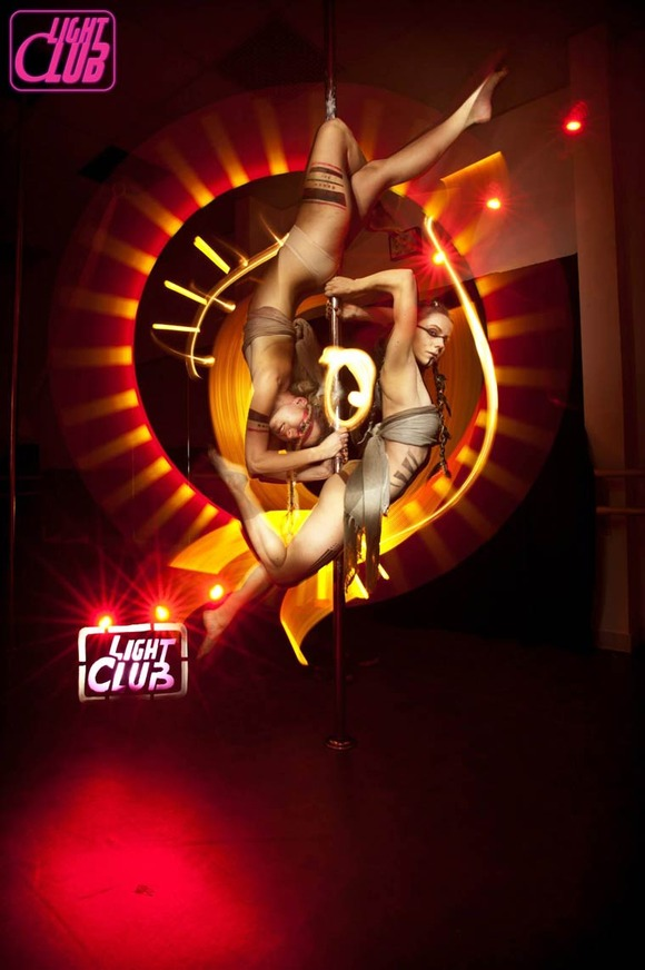 Pole-Dance-Light-Painting-Wen-Jie-Yang-9