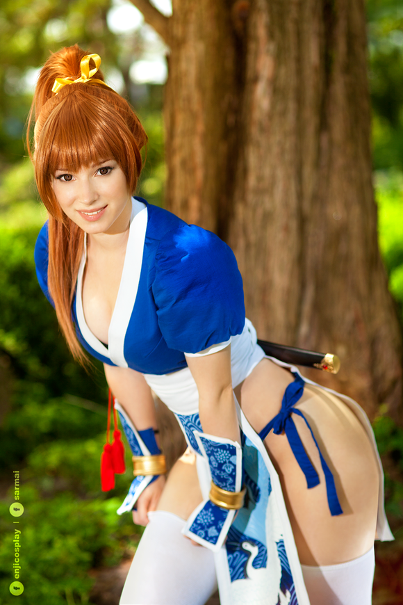 kasumi___dead_or_alive_cosplay_iv__by_enjinight-d8zi2cm