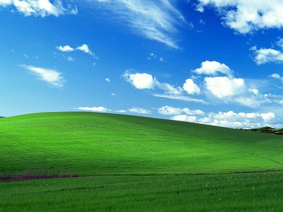microsoft-windows-xp-bliss-wallpaper-charles-orear-1