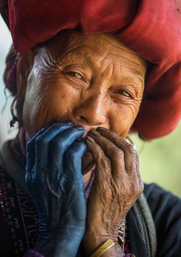 Rehahn-Hidden-Smiles-in-Vietnam-15