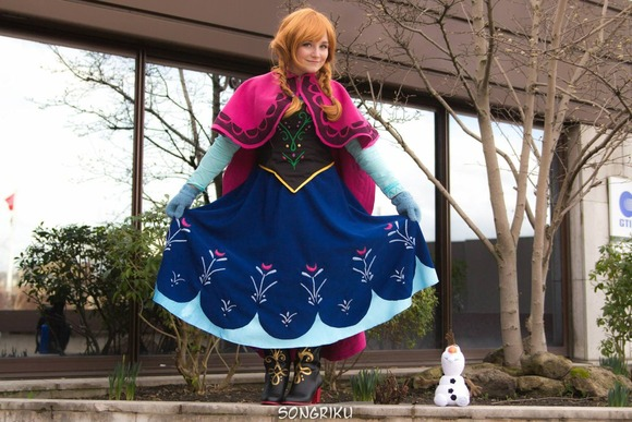anna_frozen_cosplay_by_majcosplay-d75xt6i