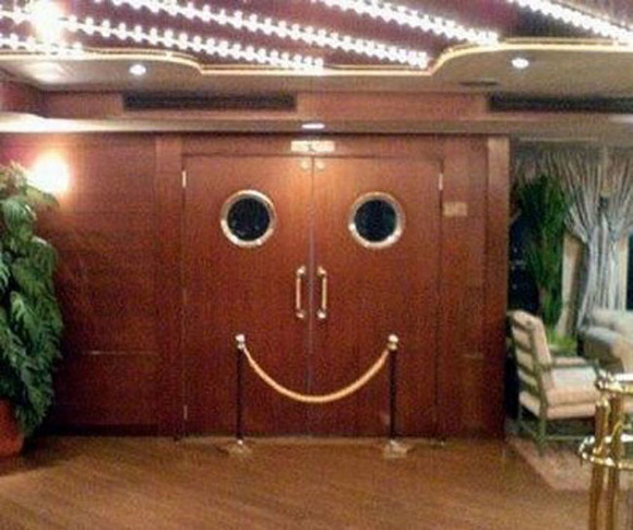 the-happiest-inanimate-objects-in-the-world-11