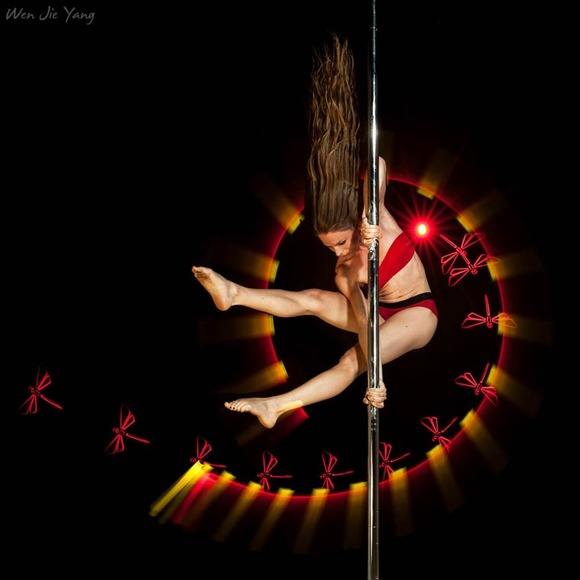 Pole-Dance-Light-Painting-Wen-Jie-Yang-6