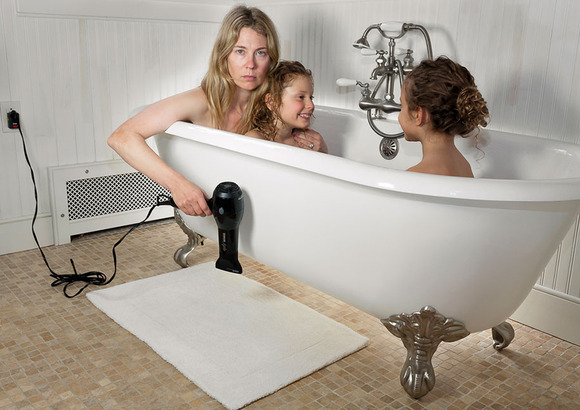 domestic-bliss-family-portraits-susan-colpich-7