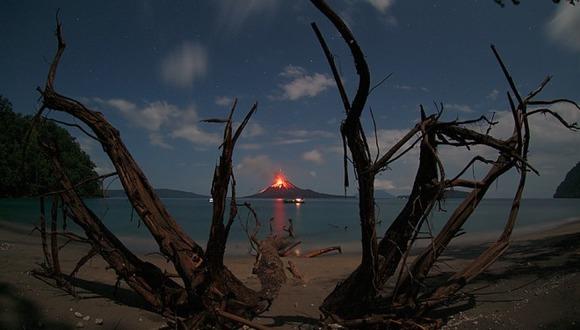 active-volcano-photos-16