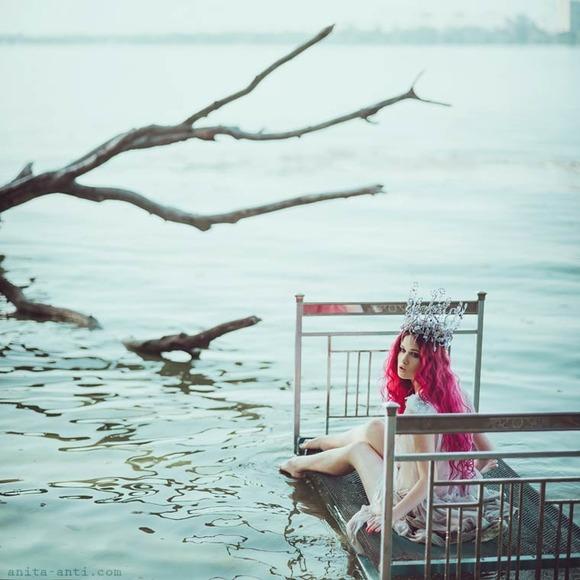 Anita-Anti-photography-5