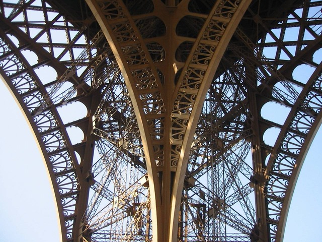 eiffel tower metal frame close up 18