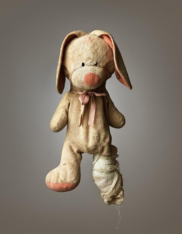 Much-Loved-Stuffed-Animals-01