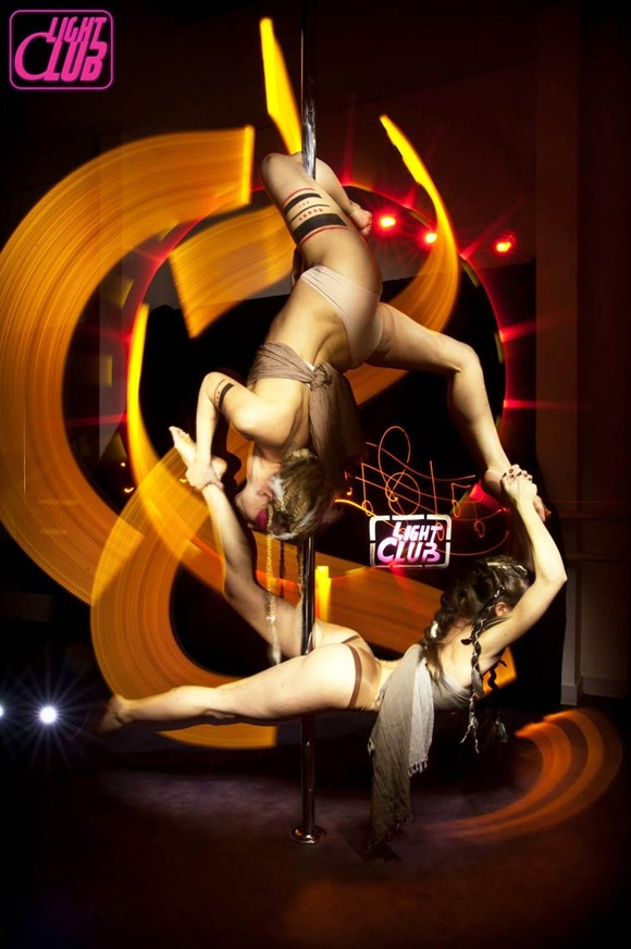 Pole-Dance-Light-Painting-Wen-Jie-Yang-1