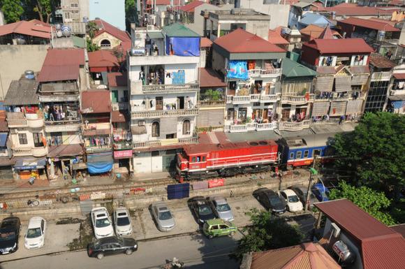 Railway-Hanoi6