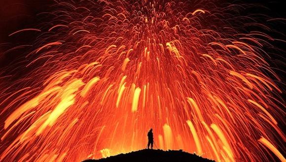 active-volcano-photos-4