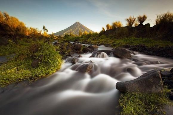active-volcano-photos-15