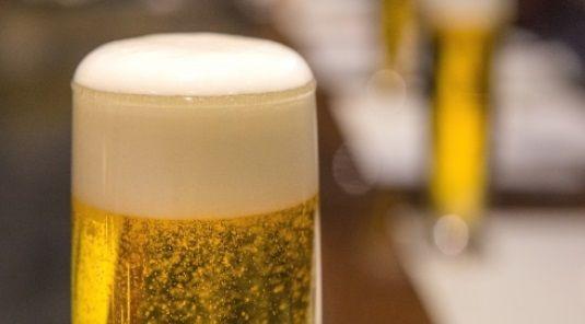 ドイツのビール会社がとんでもない広告を出す