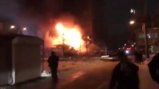 札幌で飲食店と隣のアパマンショップが大爆発で木っ端微塵に
