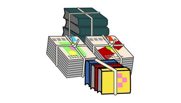 山に不法投棄されていた大量の本をよく見たらとんでもない事実が判明