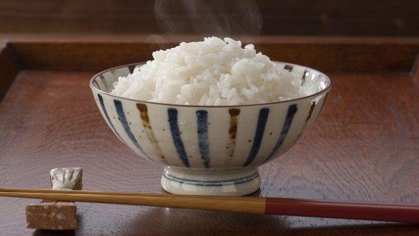 中国人「なんで日本人は何でも米と一緒に食べるの…?」