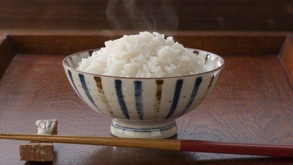 外国人「もしかして日本の料理って全部米を食べるためのおかずなの…?」