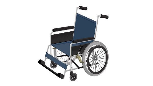 歩行障害者が車椅子から降りて歩いた途端に「歩けんなら乗るなよ」と言われて涙