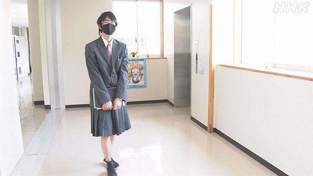 【画像】男子高校生さん、制服はスカートを選択してしまう