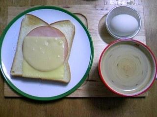 カフェ気分の朝食♪