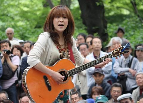 あさみちゆき・第139回井の頭公園ライブ2