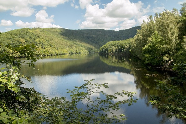 lake-1559030_960_720