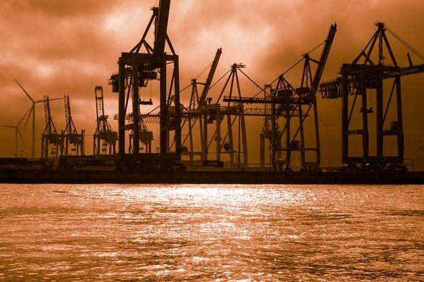 container-cranes-3775454_960_720