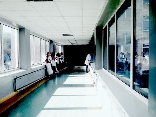 doctors-2607295_1280
