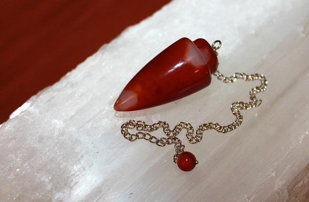 pendulum-1488167_960_720