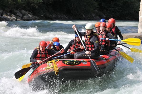 rafting-293542_960_720