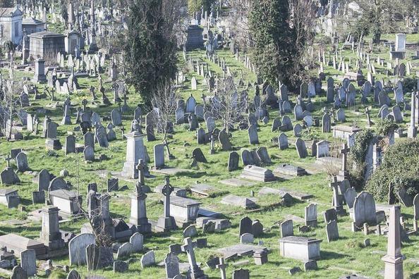 cemetery-2926452_960_720