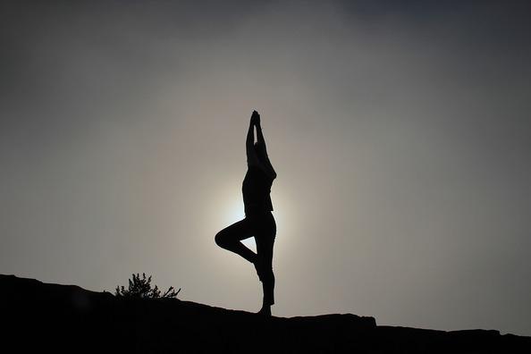 yoga-pose-1082172_960_720