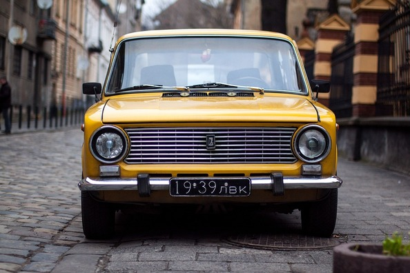 car-1245780_960_720