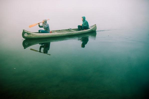 canoe-480465_1920