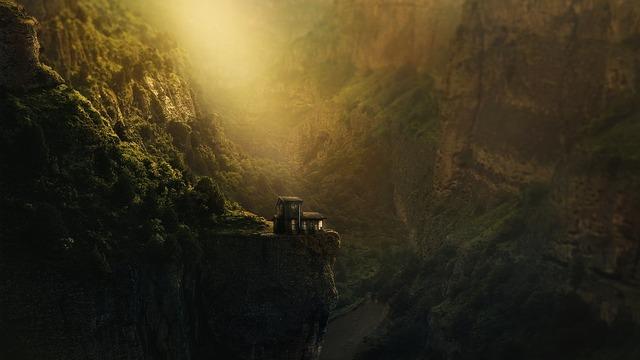 canyon-4251799_960_720