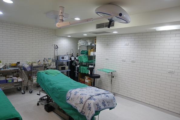 surgery-room-2328418_1280