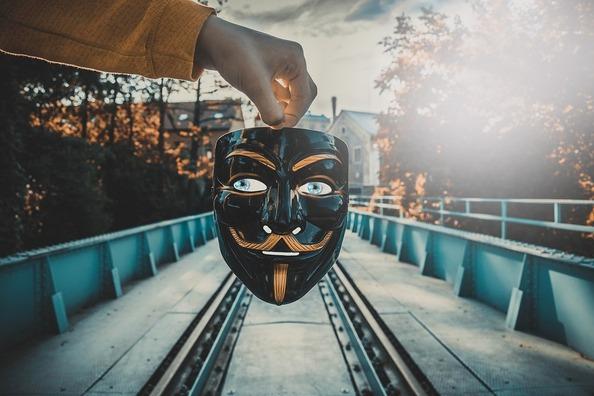 mask-3579320_960_720