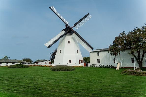 windmill-3516106_960_720