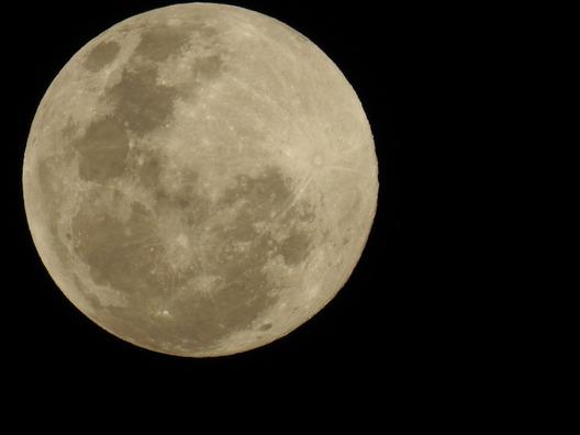 moon-2602801_960_720