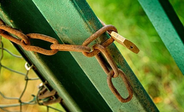 fence-1437470_960_720
