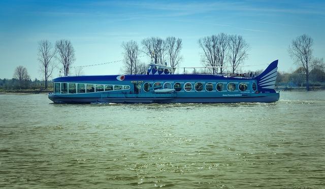 ship-3776599_960_720