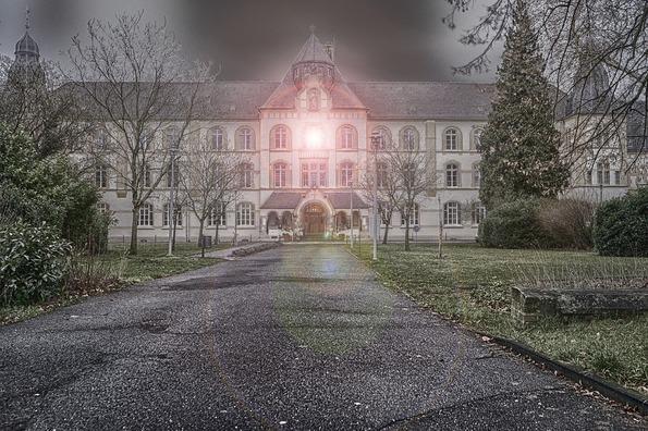 monastery-3953194_960_720