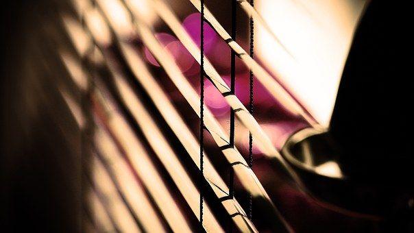 blinds-792635__340