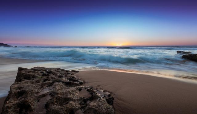 ocean-waves-1081834_1920