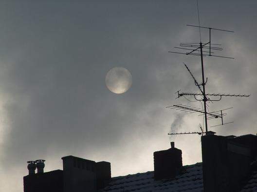 moon-1131128_960_720