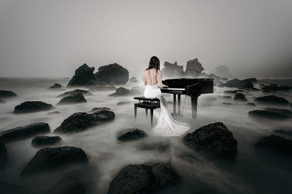 piano-spielerin-3847833_960_720