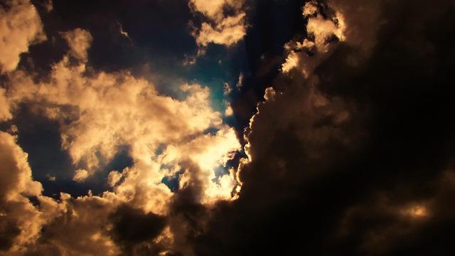 clouds-1767551_960_720