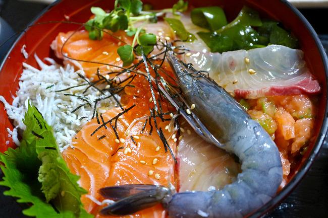 12海鮮丼�IMG_5588
