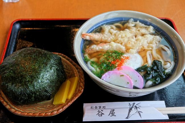 12天ぷらうどんと大きなむすびセットIMG_4124